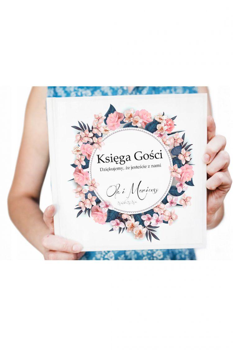 Księga gości na wesele, różowe kwiaty, barwinek, róże 201_15