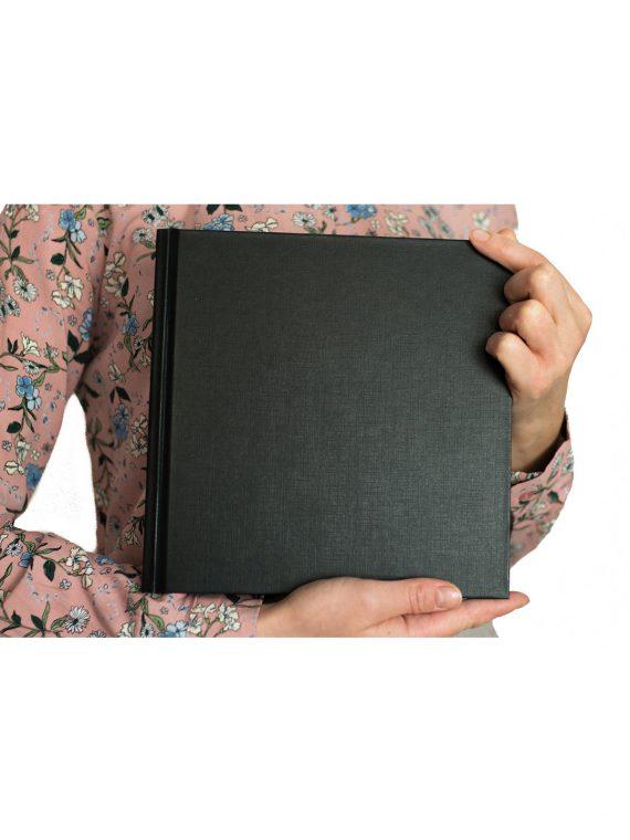 księga gości baza czarna kwadrat